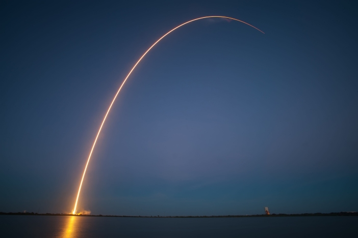 spacex-falcon-9-rocket-launch-ses-8-satellit-11